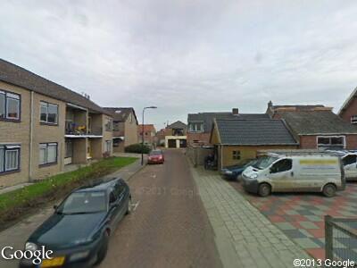 Ambulance naar Molenstraat in Oud-Vossemeer