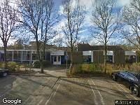 Zonnebloemstraat naast Fresiastraat 20 in Katwijk, het verhogen van het bestaande hekwerk naar 5 meter aan de kopkant van de voetbalkooi langs de weg