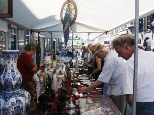 Markt in de wijk Overdie in Alkmaar