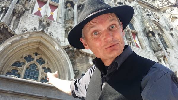 Storytrail stadswandeling Middelburg met verhalenverteller