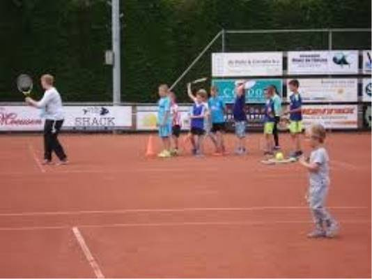 Junes Ladies Week Tennisevenement