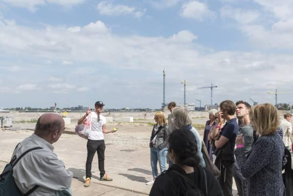 Nieuwe Stad op Zondag - Zomerwandelingen naar nieuwe buurten van Amsterdam