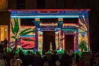 Lichtshow op de Egyptische tempel