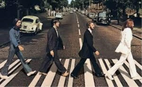 Vroolijke Frans presenteert: Beatles Covertijd