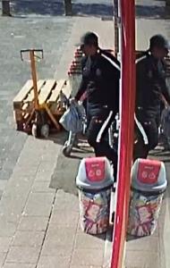 Wie is deze man die de toko op de Vondelsingel Spijkenisse overviel?