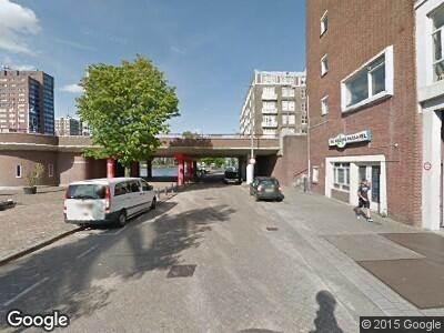Brandweer en politie naar Coolhaven in Rotterdam