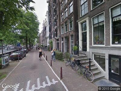 Ambulance naar Brouwersgracht in Amsterdam