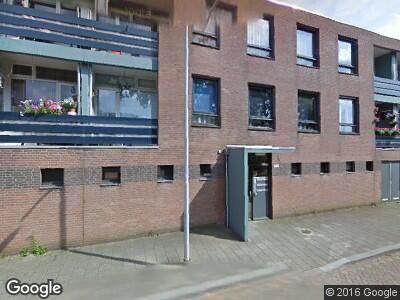 Ambulance naar Van Anrooylaan in Tilburg