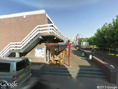 Ambulance naar Van Bergenplein in Etten-Leur