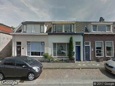 Ambulance naar Naaldwijkseweg in 's-Gravenzande