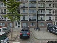 Ambulance naar Ekingenstraat in Amsterdam