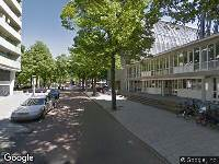 Ambulance naar Peelstraat in Amsterdam