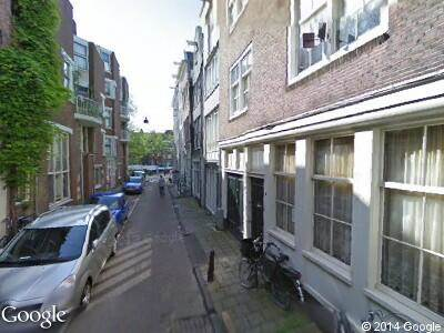 Ambulance naar Korte Dijkstraat in Amsterdam