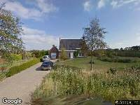 Politie naar Trenteweg in Ellewoutsdijk