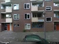 Ambulance naar Wieringerwaardstraat in Amsterdam