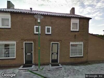 Ambulance naar Burgemeester J. Roseboomstraat in Hedel