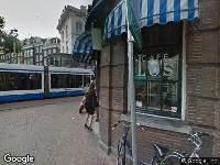 Ambulance naar Halvemaansteeg in Amsterdam