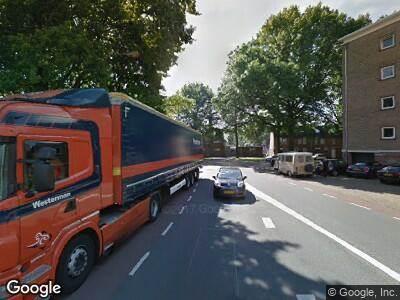 Ambulance naar René Norenburgstraat in Tilburg