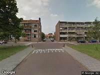 Ambulance naar Burgemeester Weertsplantsoen in Santpoort-Noord