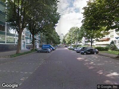 Ambulance naar Burgemeester Keijzerlaan in Leidschendam