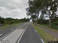 112 melding Ambulance naar Pontweg in Den Burg vanwege verkeersongeval