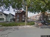 Politie naar Burgemeester van der Klokkenlaan in Waalwijk vanwege letsel
