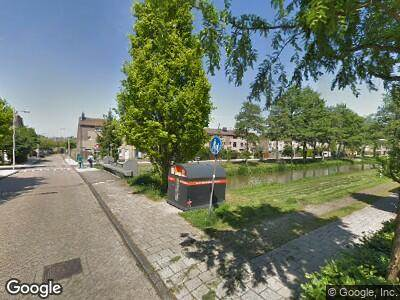 Ambulance naar Teteringenstraat in Amsterdam