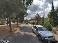 Ambulance, brandweer en politie naar G.H.Breitnerstraat in Weesp vanwege waarnemen gaslucht