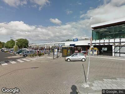 Brandweer naar Stationsplein in Weesp vanwege een liftopsluiting