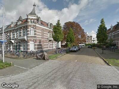 Ambulance naar Van Oldenbarneveltstraat in Nijmegen