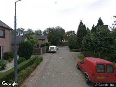 Ambulance naar Dr. H.P. Heinekenstraat in 's-Hertogenbosch