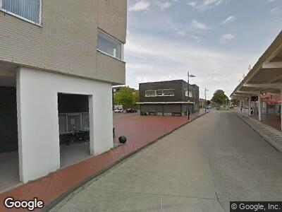 Ambulance naar Vredesplein in Waalwijk