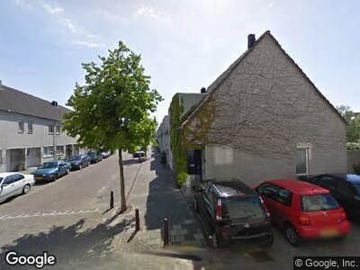 Ambulance naar Ronner-Knipstraat in Leiden