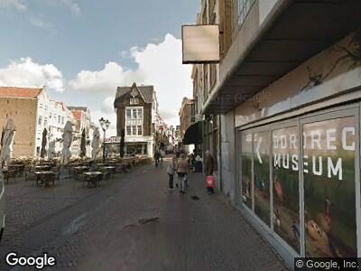 Ambulance naar Voorstraat in Dordrecht