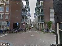Ambulance naar Tweede Bloemdwarsstraat in Amsterdam