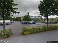 Politie naar Bachlaan in Zwolle