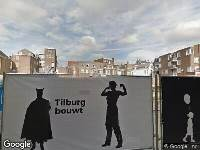 Ambulance naar Stadhuisplein in Tilburg