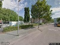 Ambulance naar Lampreistraat in Hoogvliet Rotterdam