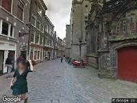 Ambulance naar Oudekerksplein in Amsterdam