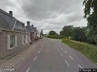 Ambulance naar Dorpsstraat in Maasdam