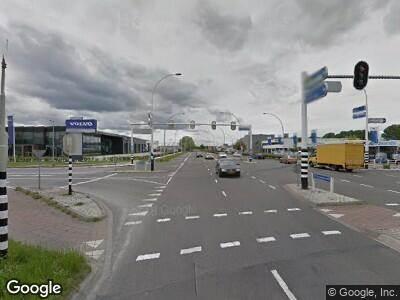 Politie naar Westenholterallee in Zwolle vanwege letsel