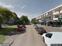 Brandweer naar E.du Perronstraat in Weesp vanwege voertuigbrand