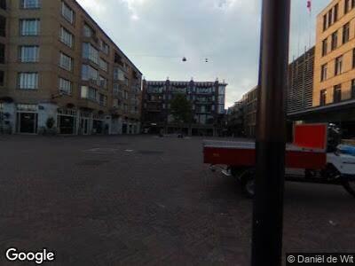 Ambulance naar Oranje-Vrijstaatplein in Amsterdam