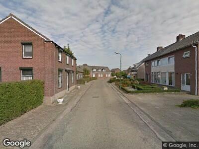 Ambulance naar Kerkstraat-noord in Oeffelt