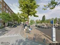Ambulance naar Oude-IJselstraat in Amsterdam