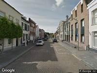 112 melding Ambulance naar Voorstraat in Dirksland