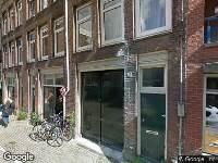 Ambulance naar Derde Looiersdwarsstraat in Amsterdam