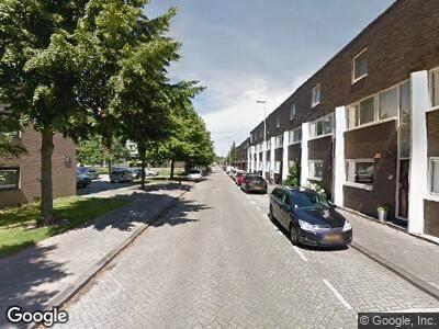Ambulance naar Marie van Eijsden-Vinkstraat in Rotterdam