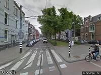 Ambulance naar Claes de Vrieselaan in Rotterdam