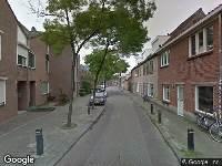 Ambulance naar Hoogtedwarsstraat in Tilburg